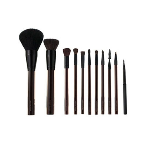 The Deluxe Brush Collection